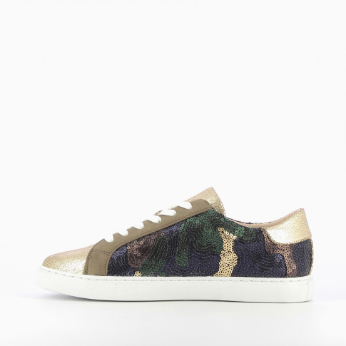 Gold sneakers with multicoloured sequins