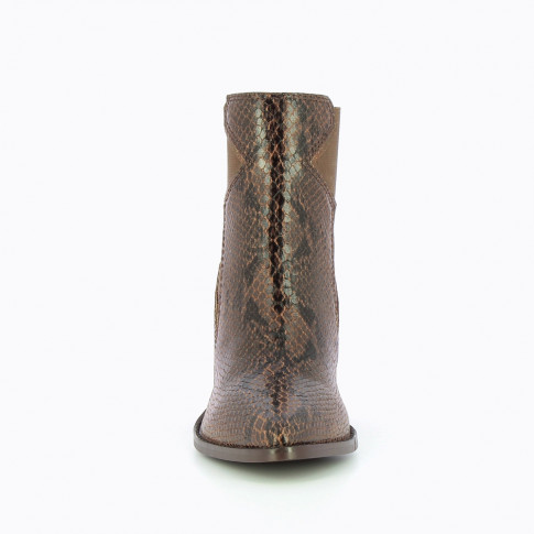 Brown heeled ankle boots with star-shaped elastic