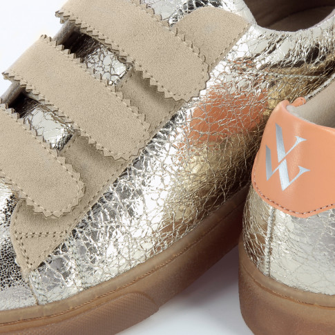 Gold crinkled effect sneakers with velcro