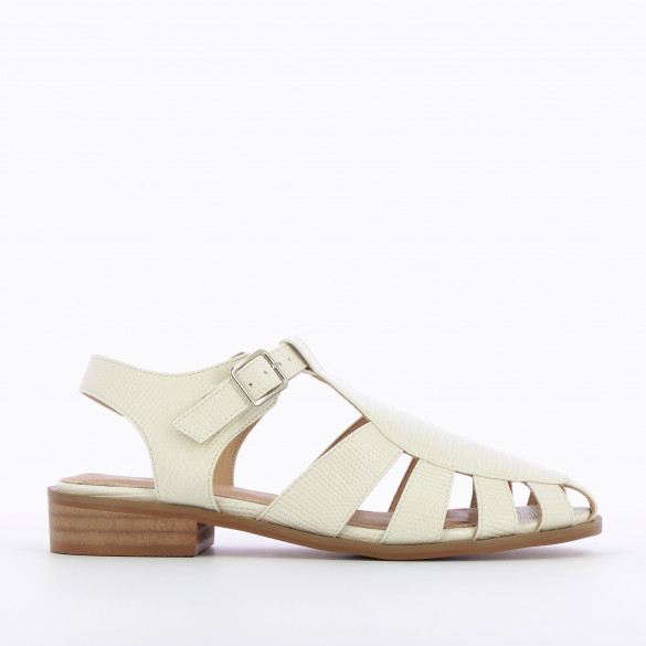 White flat sandals fisherman style in faux leather snakeskin effect camel sole woman Vanessa Wu