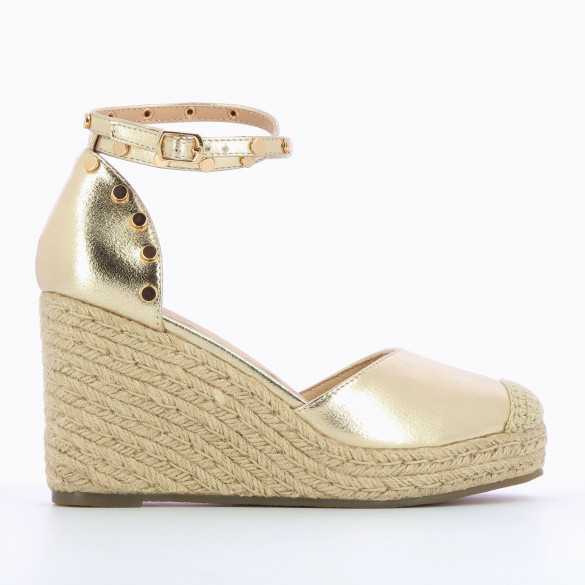 textured gold wedges with ankle strap and round gold studs beige rope heel woman Vanessa Wu